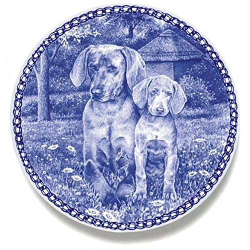 Weimaraner - Dog Plate made in Denmark from the finest European Porcelain. Premium Quality and Design from Lekven. Perfect Gift For all Dog Lovers. Size - 7.61 inches.