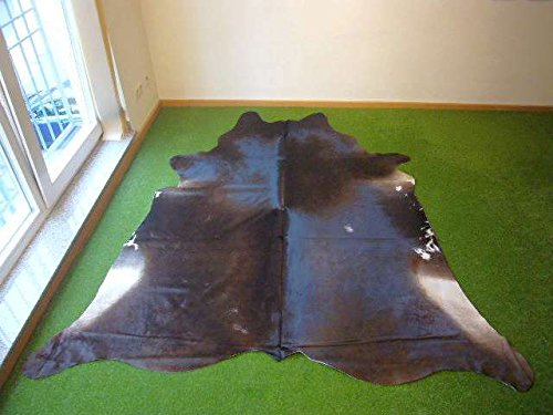 Cowhide Exotic 2548 - 6.8x7.1 ft. (207x217 cm) by Togibaba