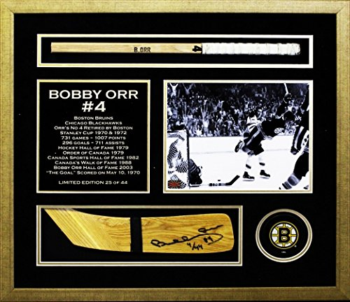 Autograph-Authentic-AAPCH31222-Autographed-Bobby-Orr-Hockey-Stick-Blade-Limited-Edition-Number-4-of-44