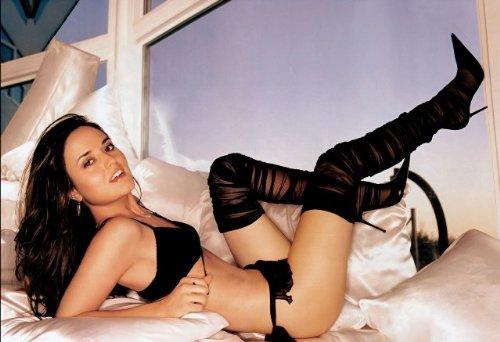 Amazon Com Danica Mckellar Sexy Hot Legs Heels 002 13x19 Poster Posters Prints
