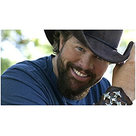 Toby Keith 8inch x10inch Photo Red Solo Cup Big Smile Dark Brown ... 70624b37276
