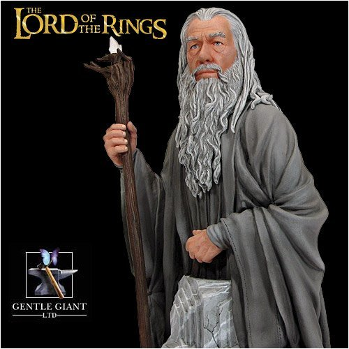 Gentle Giant Lord of the Rings Gandalf Bust with Light-Up Staff