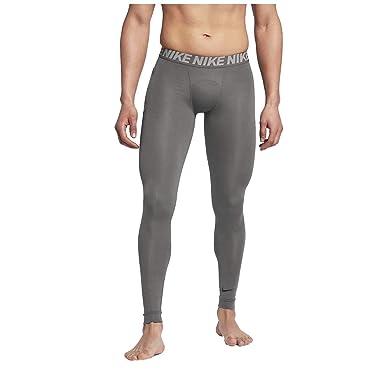 Nike  Amazon.fr  Sports et Loisirs 5dd6a258d4d