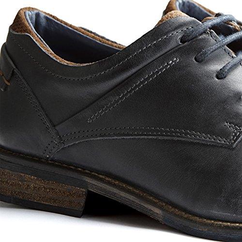 Travelin Downton Low Casual Shoe