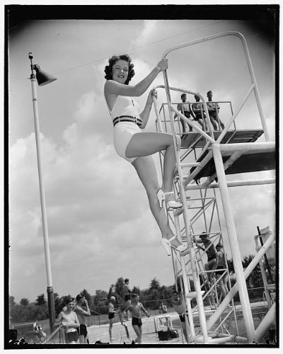 HistoricalFindings Photo: Miss Washington,Dorothy Parker,America,Beauty Pageant,Diving Board,Pumps,1938