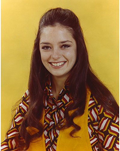 Angela Cartwright Posed In Yellow Background - 8
