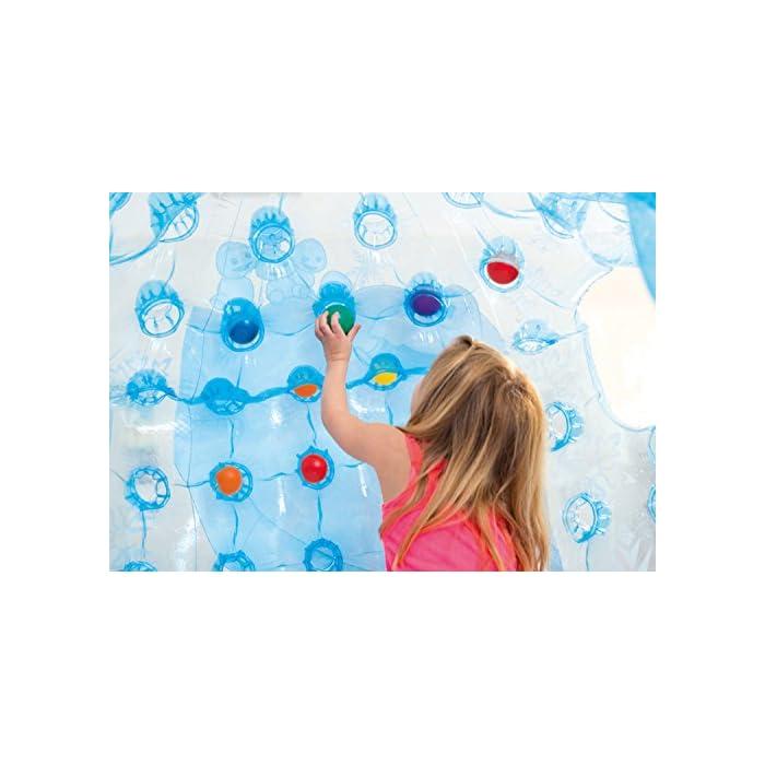 51bwLM4 okL Iglú hinchable Frozen de Intex. Medidas del iglú: 185x157x107 cm Iglú fabricado con vinilo muy resistente y de color azul transparente para mayor seguridad de los niños Incluye 12 pelotas de colores de Fun Ballz de 6,5 cm para encajarlas en los agujeros interiores del iglú