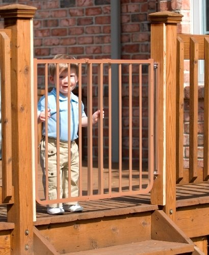 Stairway Special Baby/Pet Gate For Outdoors Colors: Brown By Cardinal Gates