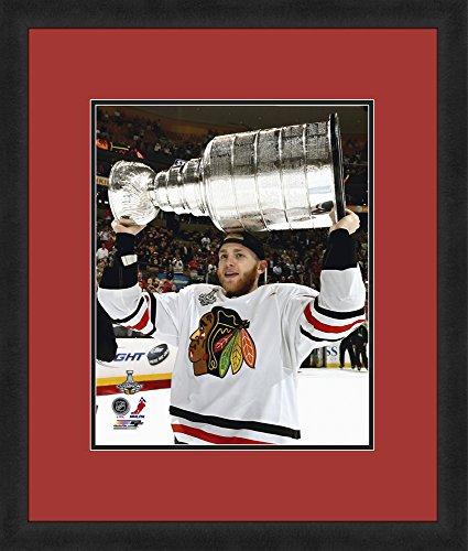 NHL Chicago Blackhawks Patrick Kane 16x20-Inch Full Color Logo Mat Photograph, (Nhl Chicago Blackhawks Framed)