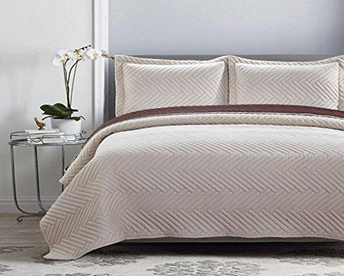 Deluxe Herringbone Design Reversible Coverlet Quilt Set BedSpread – TWIN Size – TAN / COFFEE