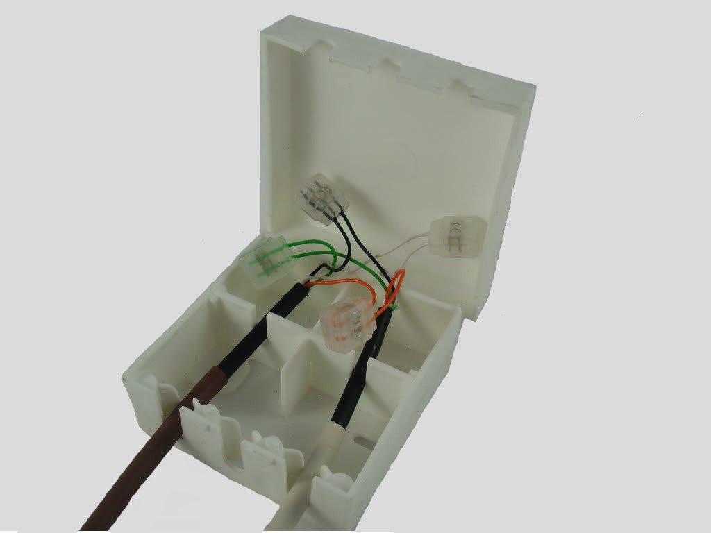 51c%2BKhOhv0L._SL1024_ bt16a white external telephone cable junction box includes free 8 bt external junction box wiring diagram at n-0.co