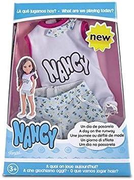 Amazon.es: Nancy - Un día de Pasarela, Conjunto con pantalón: Juguetes y juegos