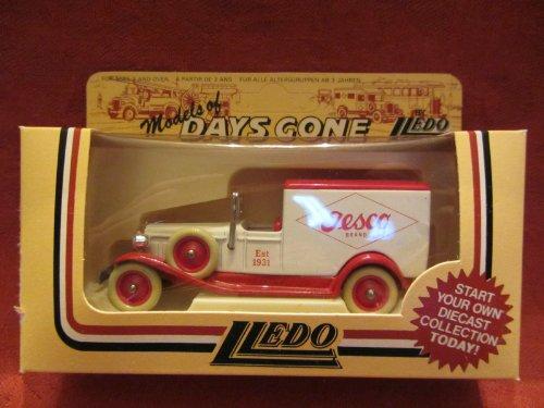 lledo-days-gone-packard-town-van-white-red-22008-tesco-nib-8
