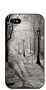 iPhone 5 / 5s Foggy Montmart - black plastic case / Paris, France