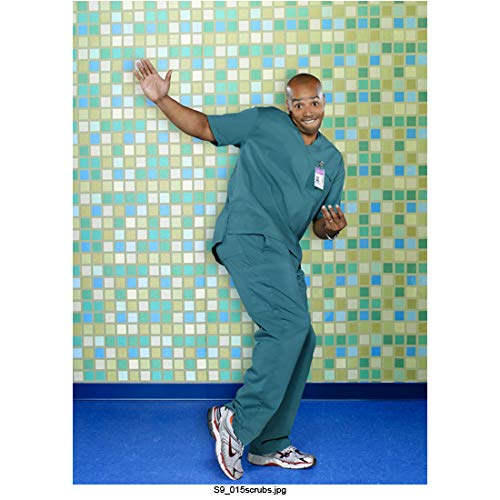 2002 Square - Donald Faison 8 Inch x 10 Inch photograph Scrubs TV Series (2001-2010) About to Slap Thigh Squares in Background kn