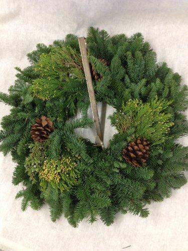 Fresh Hand-tied Christmas Wreath 24