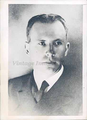 Vintage Photos 1943 Photo WW2 Henry Bruton USN Navy Cross Gold Star Commander Military Blast