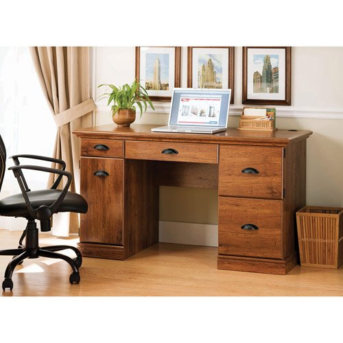 Better Homes and Gardens Desk, Abby Oak, a Great Multipurpose Workspace Solution for Students and Parents. The Classic Styling of This Desk Goes Well with Most Decors and Works Nicely in Rooms As Dive (Abby Oak) from Better Homes and Gardens'