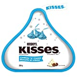 HERSHEY'S KISSES Christmas Chocolate Candy with Cookies 'N' Crème, Stocking Stuffer, 200 Gram