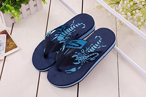 Hawk Footwear (Flash Hawk (TM) Men's of scorpion pattern flip flops)