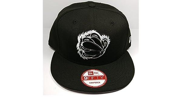 premium selection aa291 28a9b Amazon.com   New Era Memphis Grizzlies 9Fifty Vintage HWC Black   White  Logo Adjustable Snapback Hat NBA   Clothing