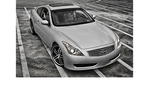 Amazon Com Infiniti G37 Coupe Right Front Black And White