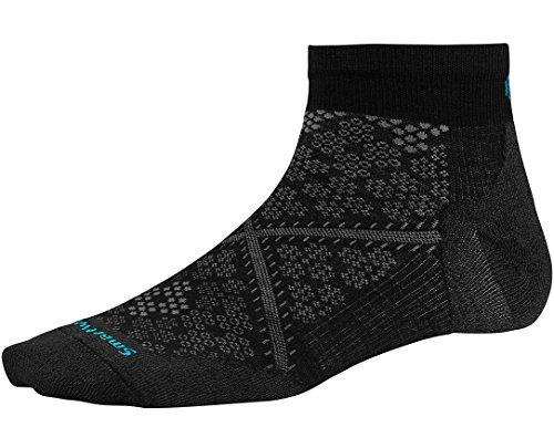 Smartwool Women's PhD Run Ultra Light Low Cut Socks (Black) Medium (Smartwool Run Socks)