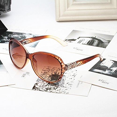 French Connection lunettes de soleil métal temple carré en noir sur blanc laiteux FCU659 Black on Milky White Gradient Grey One Size lzwr7