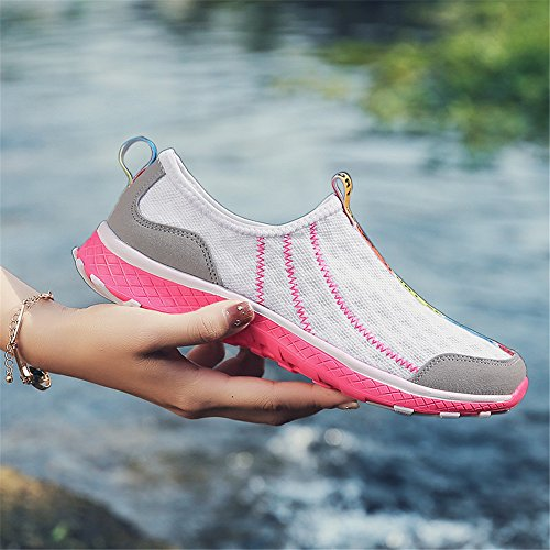Monrinda Water Shoes Womens Mens Lightweight Slip on Sports Shoes Summer Sandals for Ladies Aqua Water Trainers Beach/Swim/Surf Shoes Size 4-7.5 White Pink VJf9cxn