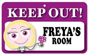 Amazon.com: Mantener fuera – cartel de puerta con Freya s ...