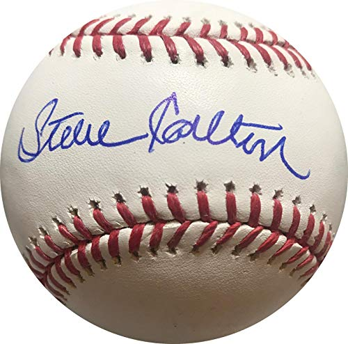 (Steve Carlton Signed Baseball - Official Major League COA) - JSA Certified - Autographed Baseballs)