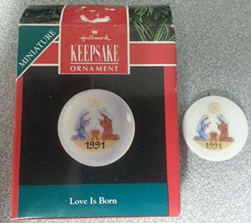 Hallmark Keepsake Ornament Miniature 1991 Love Is Born Plate