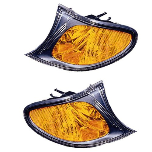 2002-2003-2004-2005 BMW E46 3-Series 320i 325i 330i 4-Door Sedan & Wagon Corner Park Light Turn Signal Marker Lamp (with Amber Lens & Black Bezel) Set Pair Right Passenger AND Left Driver Side (02 03 04 05)
