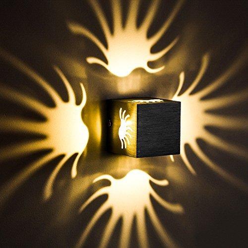 Eeayyygch Minimalistische Wandleuchte E26   27 Base Die kreative LED-Wandleuchte Square Multi-Farbe-LED-Wandleuchte Warmweiß in 80  80  80mm