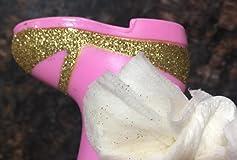 Beautiful but the boot glitter isn't  sealed