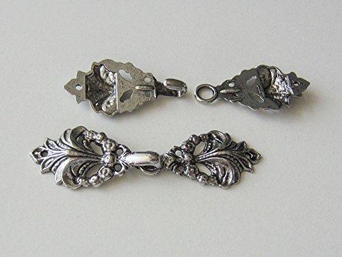 Knopfparadies 1 nostalgischer Metallverschluss f/ür Kleider 18x67mm geschw/ärzt // Metall // /Ø ca Trachten o historische Kost/üme // Gewandschlie/ße // altsilberfarben
