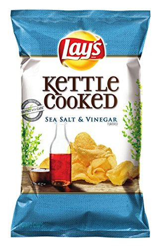 Lay's Kettle Cooked Chips, Sea Salt and Vinegar, 32 Ounce (Pack of (Kettle Baked Chips)
