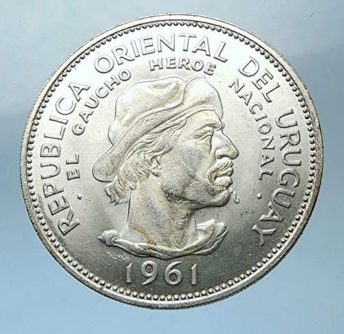 1961 unknown 1961 URUGUAY AR 10 Pesos 3.3cm Coin w El Caucho H 10 Pesos Good