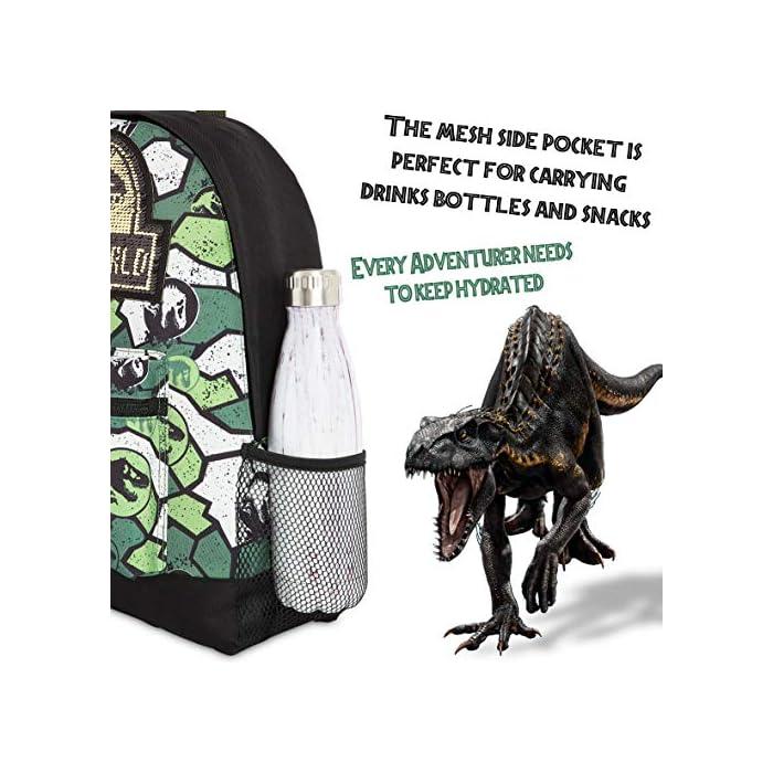 51c7si94U L MOCHILA DE DINOSAURIOS JURASSIC WORLD --- Esta divertida mochila escolar de Jurassic Park para niños y niñas es muy cómoda y tiene mucho espacio para libros de texto, ropa o juguetes. Nuestras mochilas oficiales de Jurassic World presenta un increíble estampado de camuflaje y vienen con correas acolchadas, un bolsillo frontal con cremallera y un bolsillo lateral de malla elástica. DISEÑO ÚNICO --- Nuestra fantástica mochila escolar presenta el logotipo de Jurassic World con detalles de lentejuelas en la parte delantera y un moderno estampado de camuflaje. Ideal para cualquier amante de los dinosaurios, esta mochila es perfecta para diferentes ocasiones, tanto para ir al colegio cómo salir de excursión o de vacaciones. EDICION LIMITADA --- Mochilas escolares de Jurassic World con licencia oficial para niños, niñas y adolescentes. Estas mochilas han sido diseñadas exclusivamente para tiendas F&F Stores y no las encontrarás en ningún otro lugar. Ideales como regalo para cualquier fan de los dinosaurios.