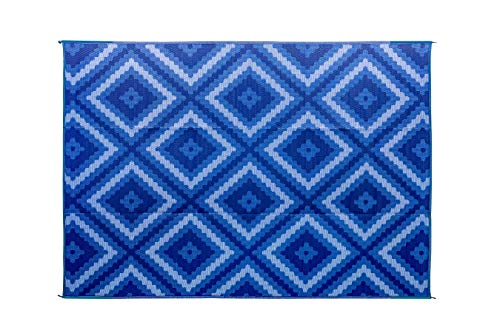 : Camco Blue and White Zig Zag Large Reversible Outdoor Patio Mat-Mold and Mildew Resistant, Easy to Clean, Perfect for Picnics, Cookouts, Camping, and The Beach (9' x 12', Design) (42866)