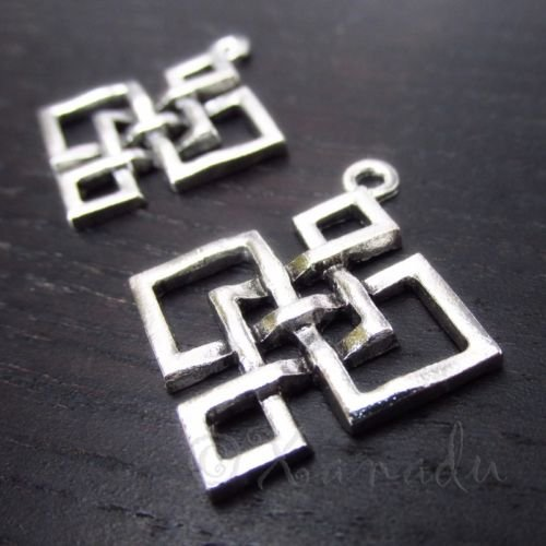 Decoration Celtic Square Knot 32mm Antiqued Silver Plated Pendants C8264-5,
