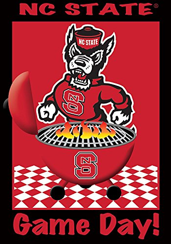 (COCOBE NC State Wolfpack - Game Day - Garden Size 12 Inch X 18 Inch Decorative Flag/Banner)