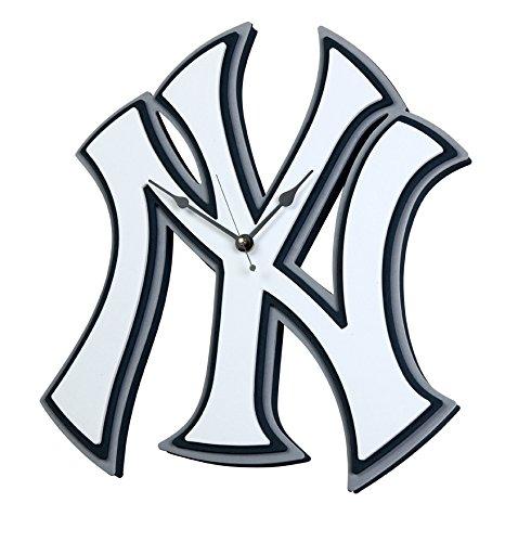 (Foam Fanatics New York Yankees Foam Logo Clock)