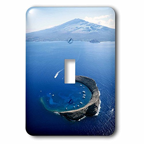 Danita Delimont - Hawaii - Hawaii Islands, Maui, Wailea-Kihei, View of Molokini Island - Light Switch Covers - single toggle switch (lsp_230678_1) by 3dRose