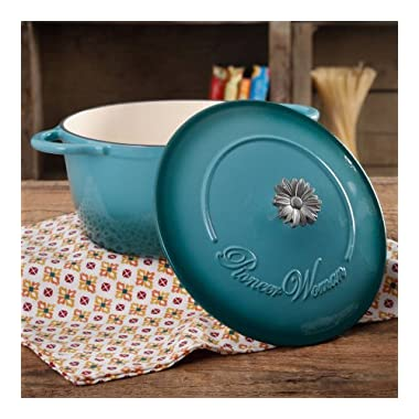The Pioneer Woman Timeless Beauty Gradient 5-Quart Dutch Oven with Daisy and Bakelite Knob (Blue)