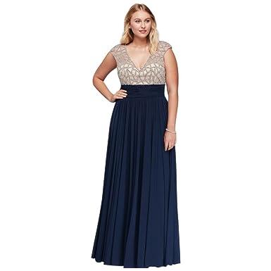 Amazon.com: David\'s Bridal Jeweled Bodice Plus Size Prom Dress with ...