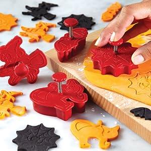 Cake Boss Decorating Tools 4-Piece Fondant Press Set