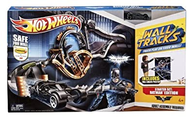 Hot Wheels Wall Tracks Batman The Dark Knight Rises Trackset by Mattel
