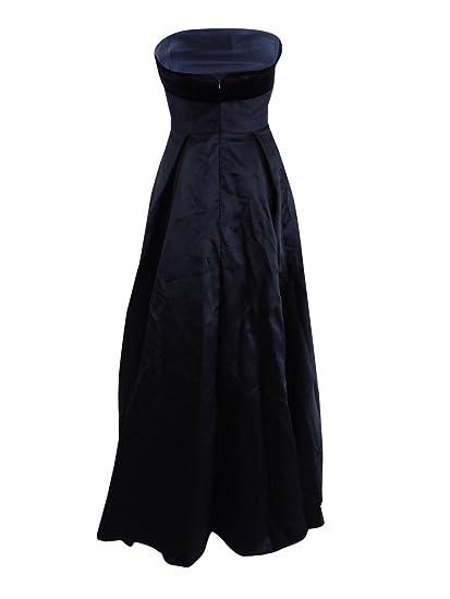 2d39b872 Amazon.com: Xscape Women's Strapless Velvet-Trim Ball Gown: Clothing