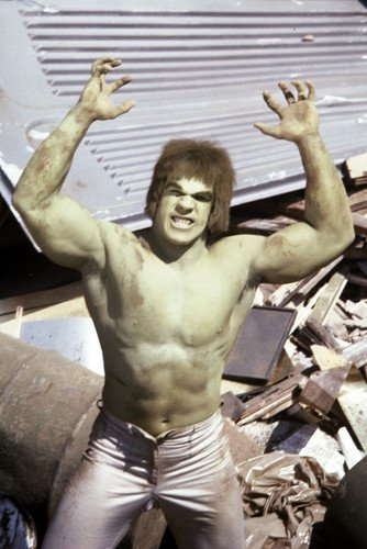 Lou Ferrigno As The Incredible Hulk 24X36 Poster Barechested And Green Looking Angry